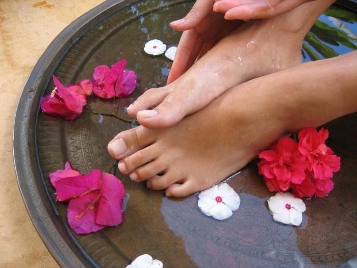 Как правильно ухаживать за ногами в домашних  504